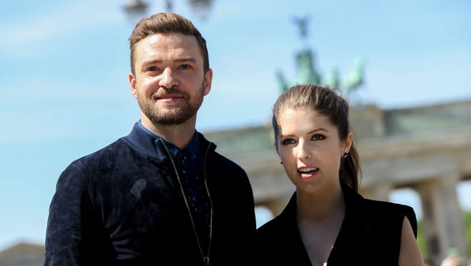 JustinTimberlake (left) and Anna Kendrick just before they took the stage to rock 'True Colors.'
