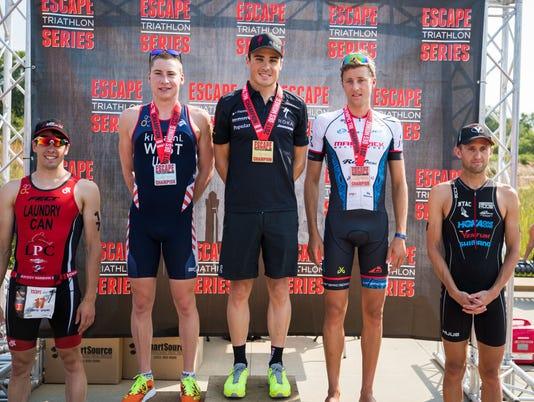 636401693236459362-Escape-men-podium.jpg