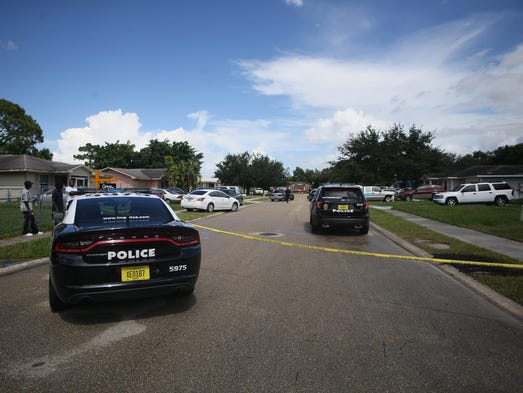 Two shot teen dead fort myers police say attack targeted for Global motors fort myers florida