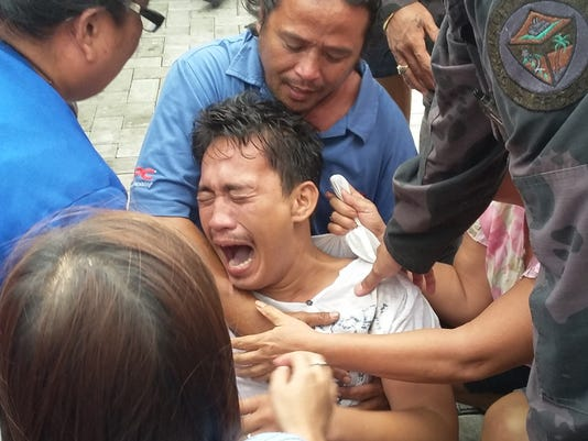 Murder complaints filed over capsized Philippine ferry