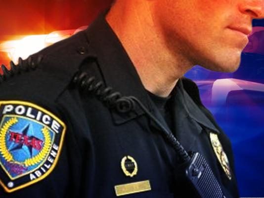 #ARNgenCrime-APD-officer.png