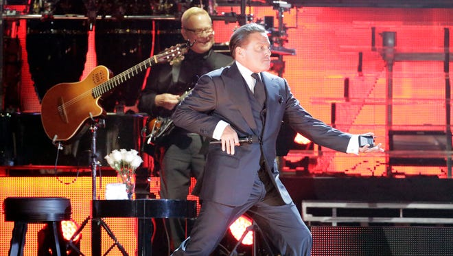 Luis Miguel performed at the Don Haskins Center Tuesday night.