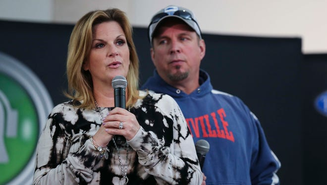 Garth Brooks and Trisha Yearwood hold a news conference on Friday, April 29, 2016, at the Iowa Events Center in Des Moines before the first of six shows in town this week.
