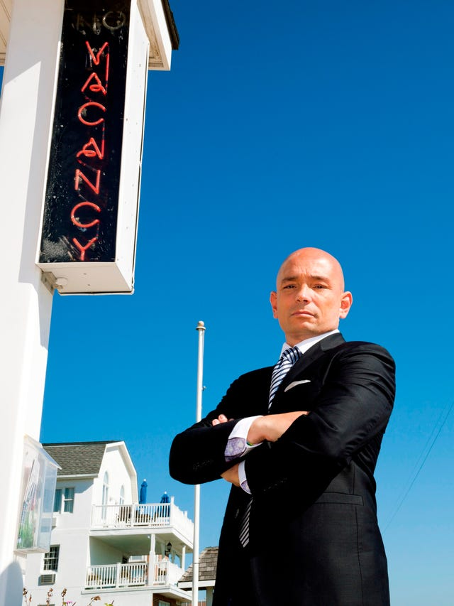 Hotel Impossible's Anthony Melchiorri gives travel tips in Phoenix