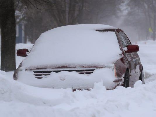 636593879645284282-APC-Spring-snow-storm-1527-041518-wag.jpg