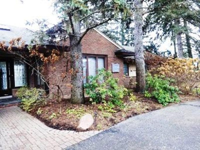 Irs Puts Bloomfield Hills Home Up For Auction
