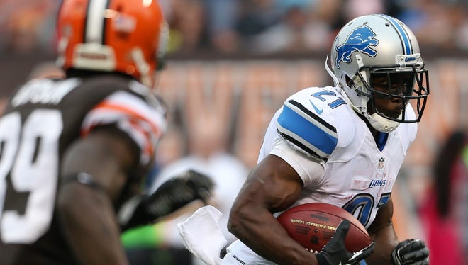 Reggie Bush made the Browns pay with his feet and hands.