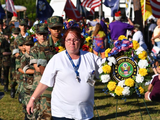 Presentation of the wreaths at the Florida Vietnam and alll Veterans Reunion