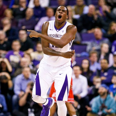 UW's Dickerson playing with heavy heart after death of grandfather
