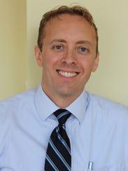 Dr. Ryan Hoefen