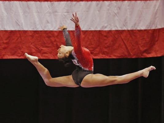 635752889781742998-SrWomensGymnastics-17