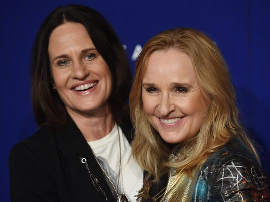 Singer Melissa Etheridge (right) and her wife Linda