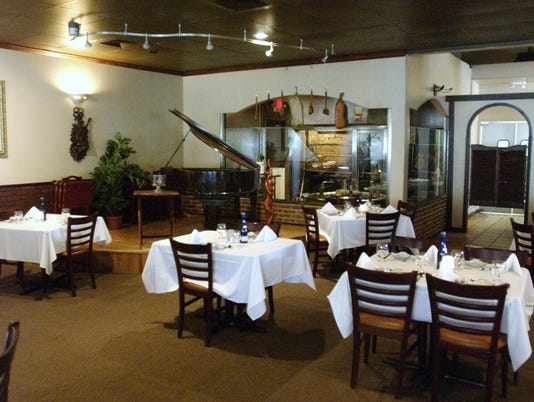 Argentina Steakhouse dining tables