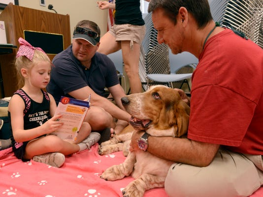 READ therapy dogs at Tryon library 4