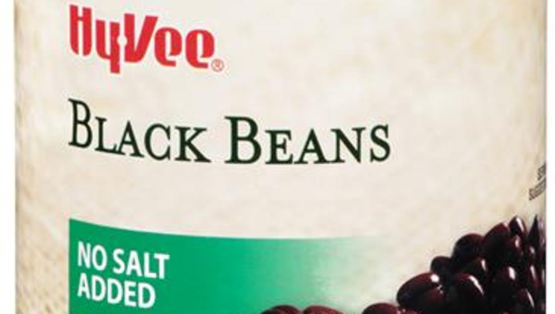 Hy-Vee recalls black beans after pen found in can