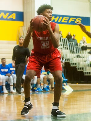 Vineland center Zion Teague works the post against Buena during Wednesday's Cape-Atlantic League game.