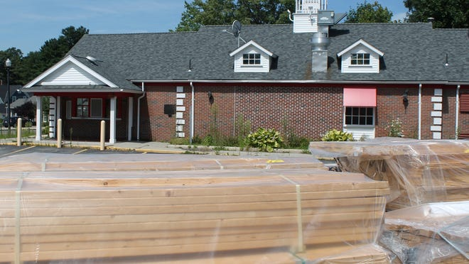 With the site plan approved, work is about to start on the former Friendly's restaurant site on Main Street in Holden, which will be home to Pholocious, a Vietnamese restaurant.