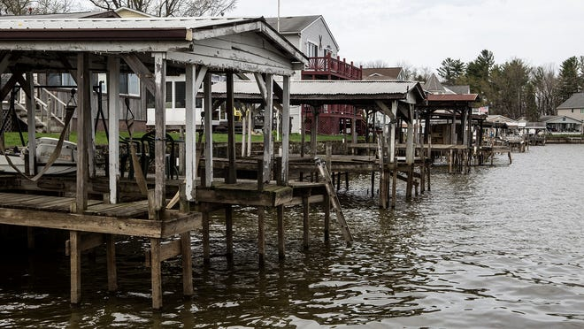 Buckeye Lake's water level is within 1 inch of the winter pool height at which it is expected to remain for the foreseeable future. State officials are trying to ensure the area remains safe while the water is low or should the dam collapse.