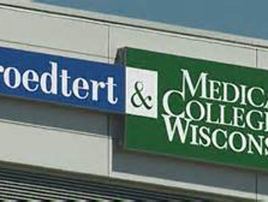 Froedtert & Medical College of Wisconsin sign.