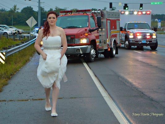 635802611397011991-paramedic-bride