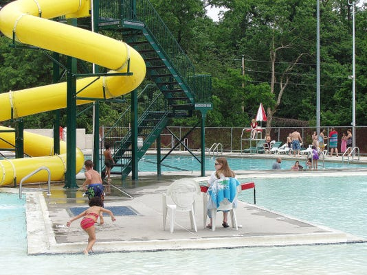 Steve Snyder/Lebanon Daily News. General shot of Lauther Pool, in Gingrich Memorial Park. news