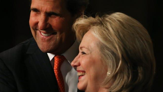 Secretary of State John Kerry with his predecessor, Hillary Rodham Clinton, on Nov. 15.