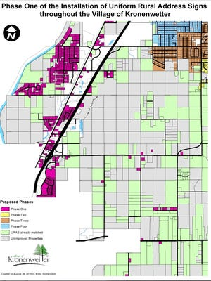 A map of Kronenwetter and the properties slated for new address signs.