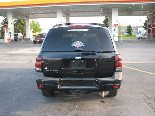 Police provided this photo of an SUV driven by a man who exposed himself to a child at an Ashwaubenon restaurant. They are encouraging anyone with information involving similar incidents contact law enforcement.