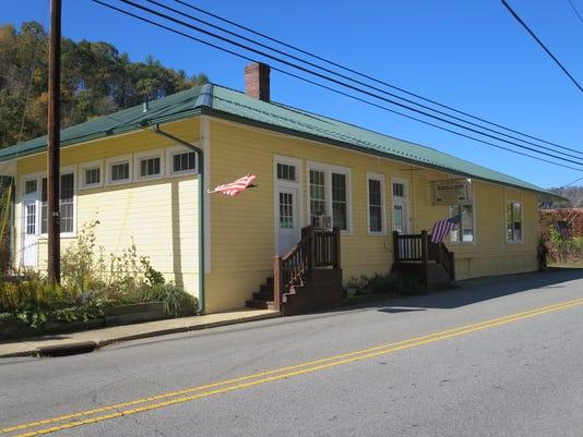 636440239750103215-the-depot-in-Marshall.JPG