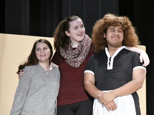 Tulare Union actors Kyra Winter, Elizabeth Davis and