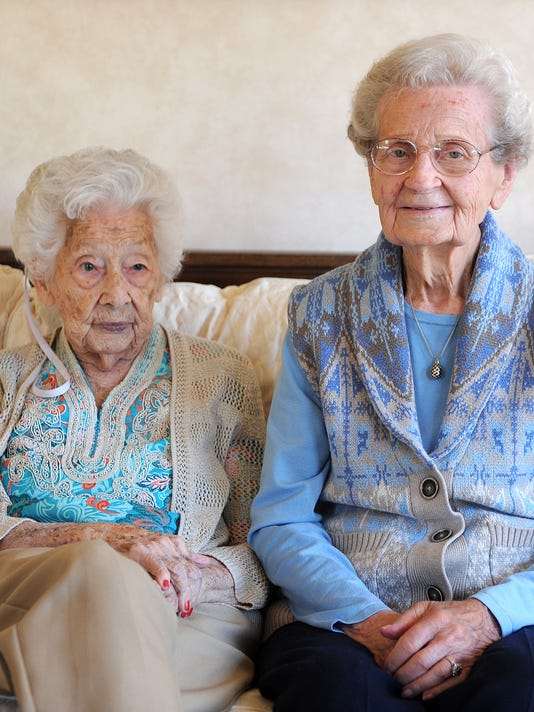 Couple's mothers turning 100