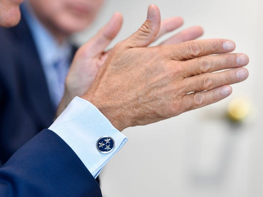 Gov. Bill Haslam wears Tennessee tristar cuff links