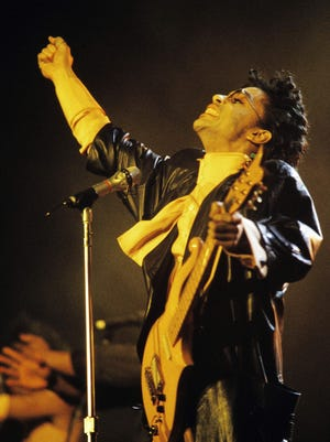 Flashback: Prince plays Paris in 1987.