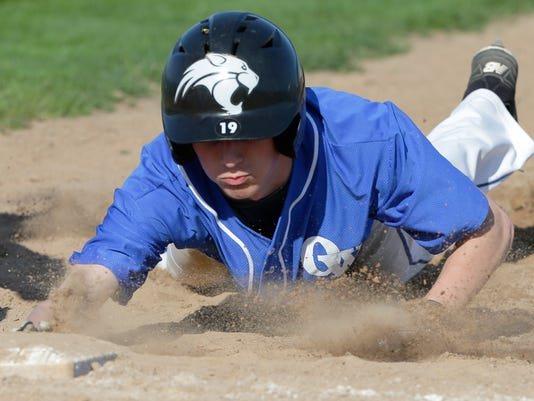 636620168430720431-OSH-Oshkosh-West-v-Kimberly-Baseball-051518-JS-0205B.jpg