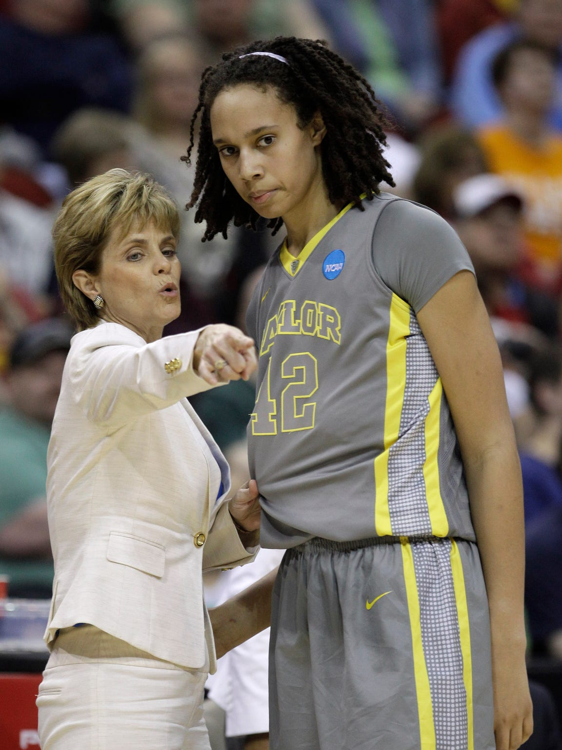 Baylor coach Kim Mulkey talks with former player Brittney Griner, who was critical of the culture Mulkey created in her book, In My Skin.
