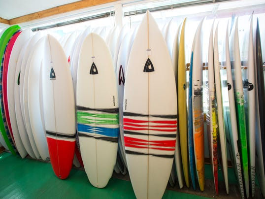 le- Ashton surfboards 9411.jpg