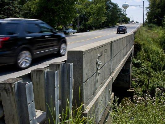 PTH0725 M25 BRIDGE