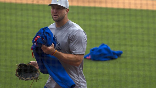 Tim Tebow prepares for his first minor league game.