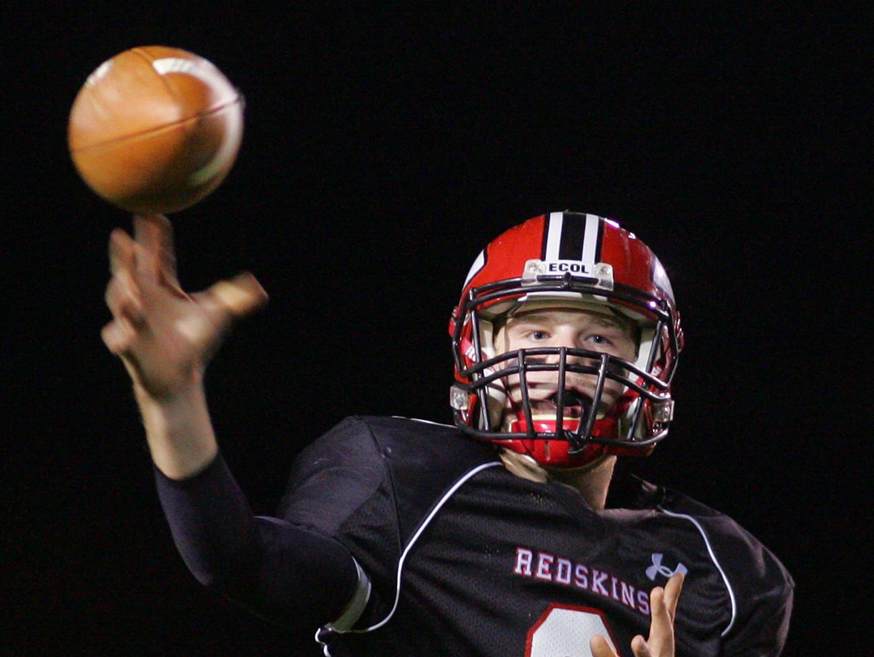 Coshocton falls to Dover 35-21.