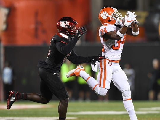 Clemson wide receiver Ray-Ray McCloud (34) makes a