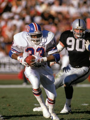 Tony Dorsett rushed for 703 yards in one season with the Broncos before retiring.