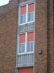 Wilson school is a fine example of a simplified art