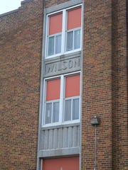 Wilson school is a fine example of a simplified art