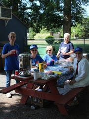 Members of Bethlehem Lutheran Church served coffee and desserts.