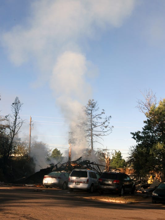 An apartment complex in Payson ignited Saturday night after a gas explosion