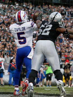 This Khalil Mack pressure forced a Tyrod Taylor interception that sealed Buffalo's fate in the fourth quarter.