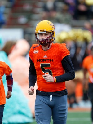 North squad place kicker Zane Gonzalez of Arizona State (5) runs on the field during player introductions of the Senior Bowl NCAA college football game, Saturday, Jan. 28, 2017, at Ladd-Peebles Stadium in Mobile, Ala.