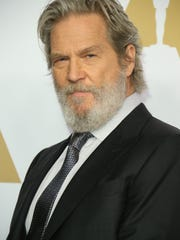 Jeff Bridges arrives at the 2017 Oscar nominees' luncheon