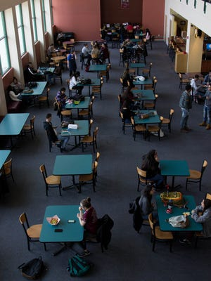 Corbett Center at New Mexico State University  starts to fill with students during the first day back to school  Wednesday, Jan. 17, 2018.