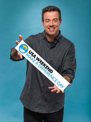 8/28/14 9:30:03 AM -- Los Angeles, CA  --  Carson Daly, host of The Voice and Today show contributor for USA WEEKEND, Poses for a Make A Difference Day Cover story --Photographed at Universal Studios in Los Angeles, CA -- Photo by Dan MacMedan for USA WEEKEND  FOR FIRST USE WITH USA WEEKEND COVER STORY RUNNING OCTOBER 19, 2014. FOR ANY OTHER PRIOR USE PLEASE ASK DAVID BARATZ EXT. 4508